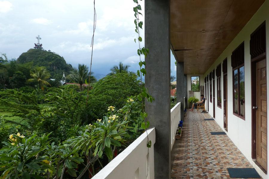 Notre petit hotel avec vue sur la butte Toraja