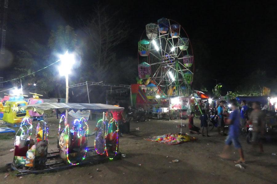 La fête foraine du marché de nuit