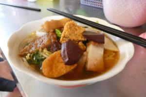Une soupe de nouille avec... du tofu de sang