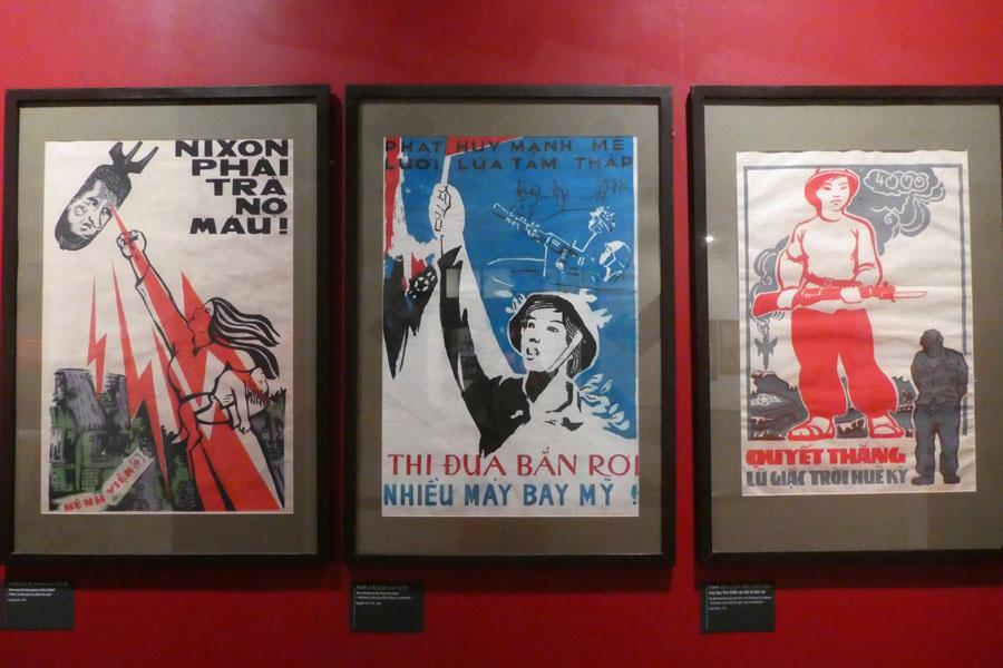 Affiches de propagandes illustrant les femmes durant la guerre du Vietnam